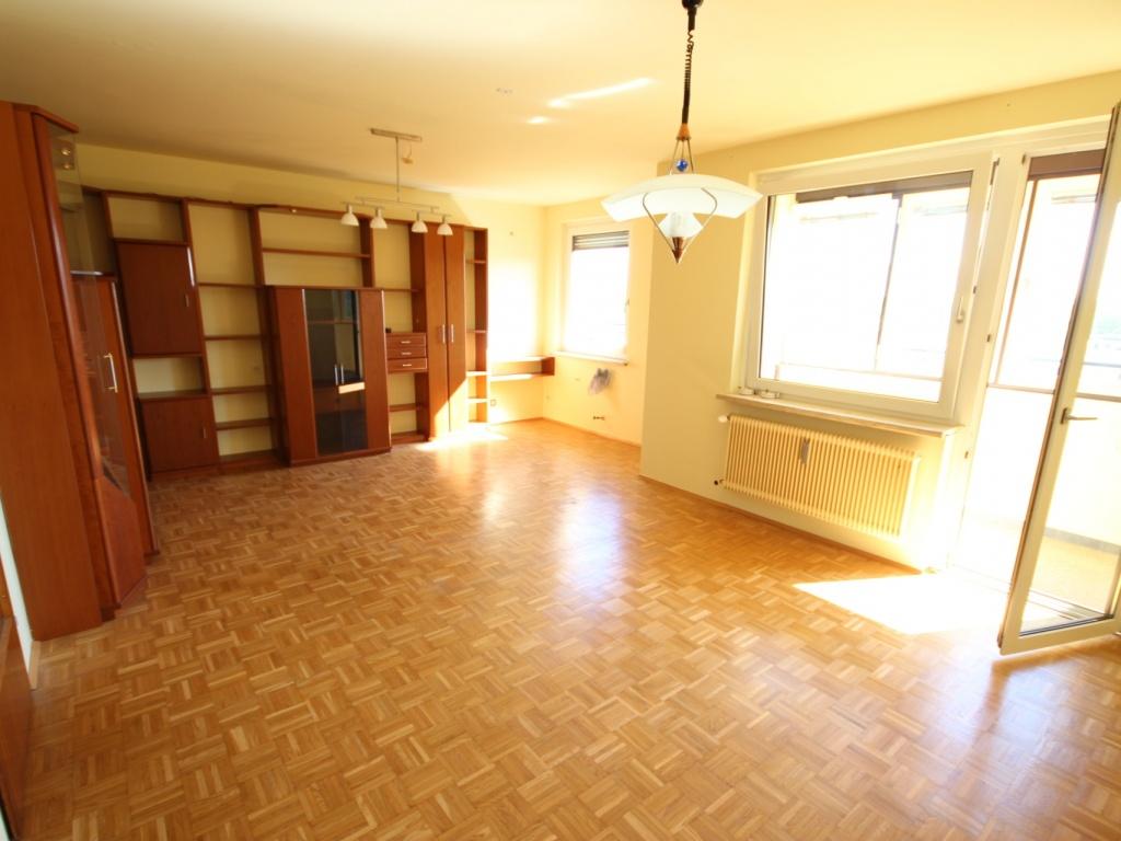 Hoch hinauf! Schöne 3 Zi Wohnung 87m² in St. Peter