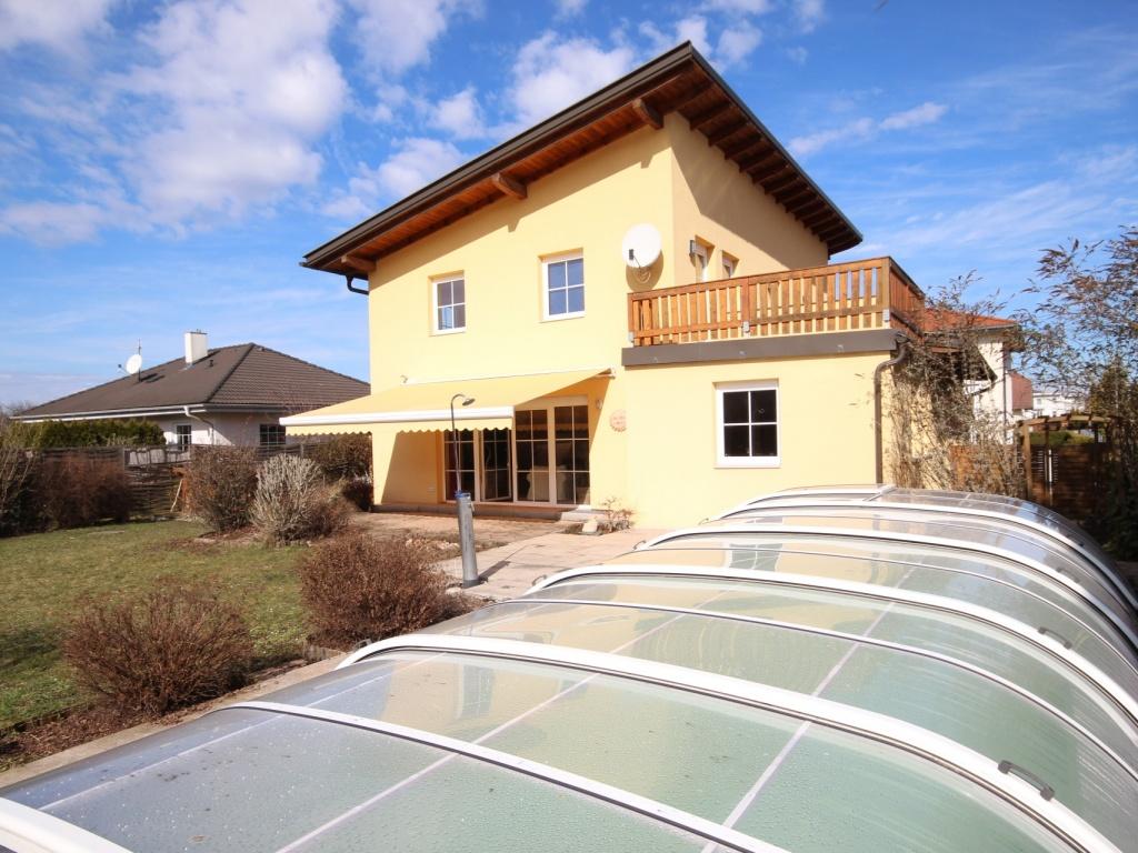 Wunderschönes junges Haus Nähe Kalmusbad