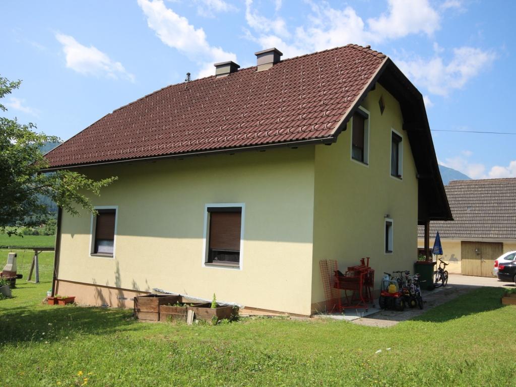 Kleine Landwirtschaft mit 1,05 Hektar-Sittersdorf