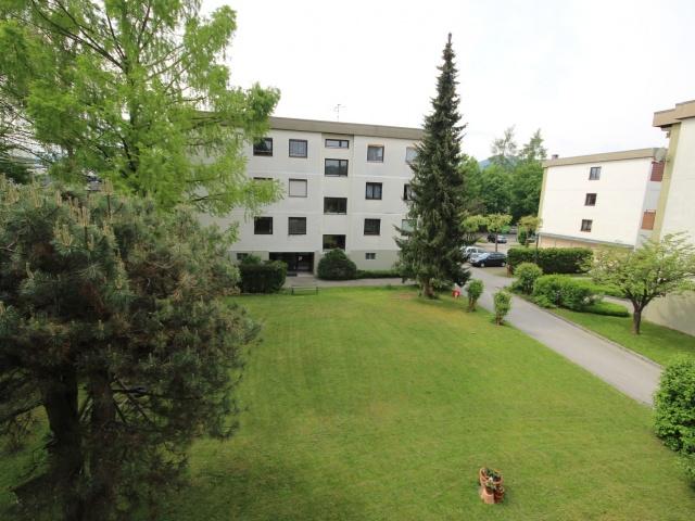 Schöne 4 Zi - Wohnung/98m² UNI - Nähe