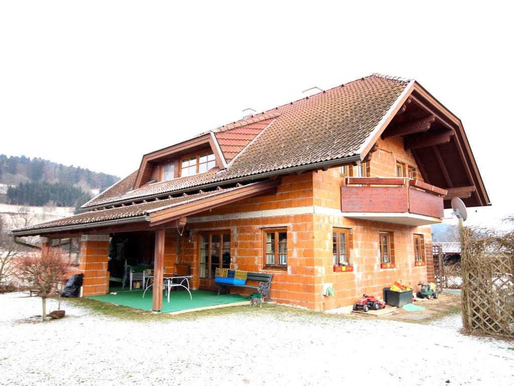 Großzügiges Wohnhaus Nähe Ludmannsdorf/Selkach