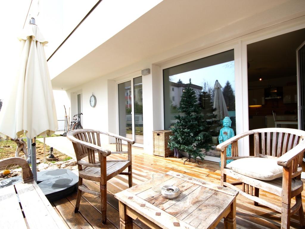 Neue 3-Zimmer Whg. mit Eigengarten in Uni Nähe