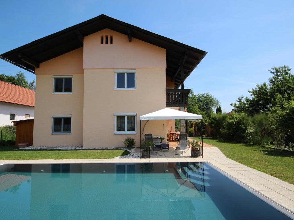 230m² Zweifamilienhaus mit Pool in Köttmannsdorf