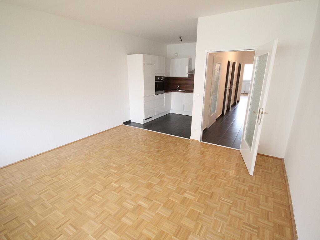 Neue Top sanierte 2 Zi-Wohnung am Spitalberg