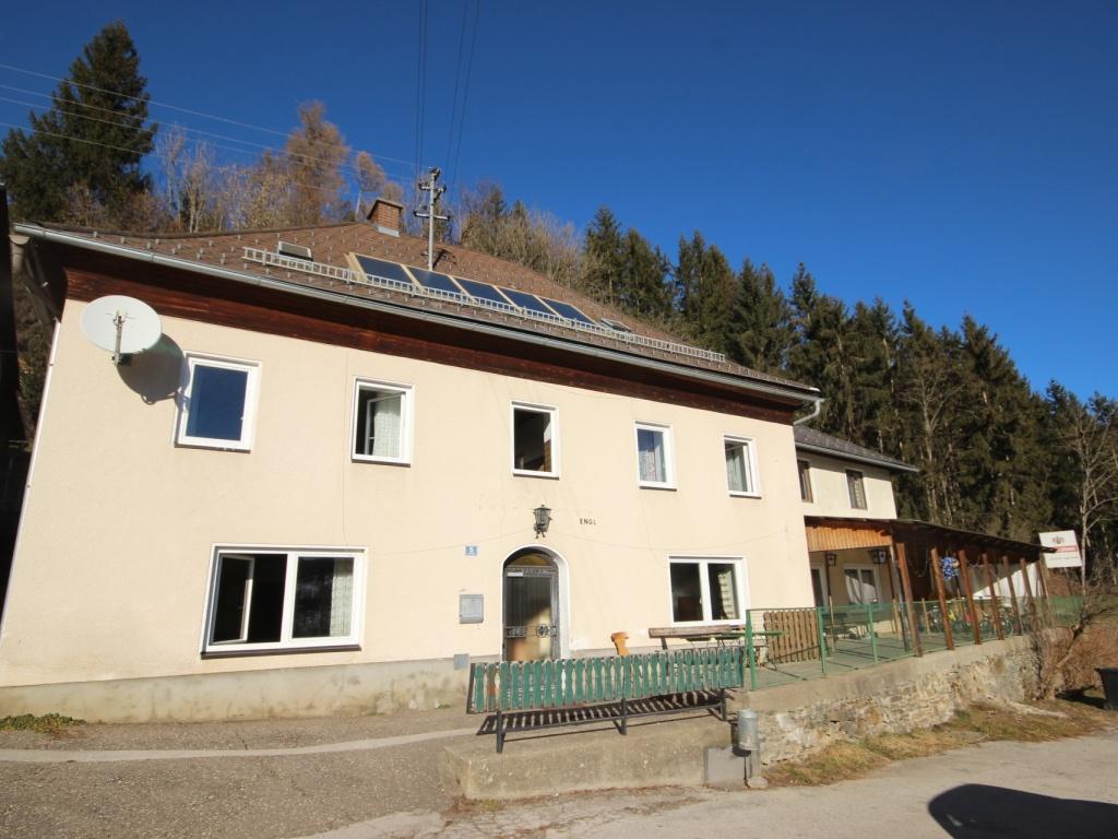 175m² Wohnhaus mit 115m² Nebengebäude - Guttaring