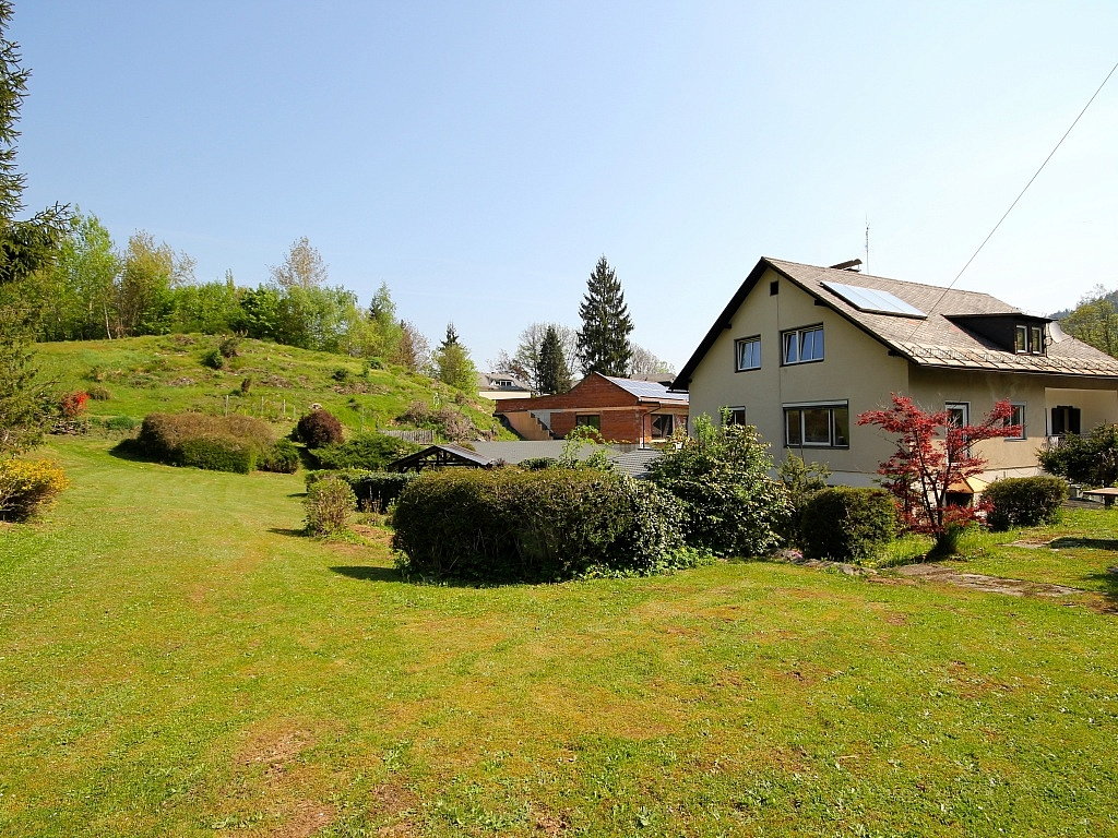 Gepflegtes Mehrfamilienwohnhaus Nähe Krumpendorf