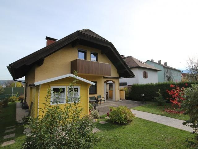 Großzügiges Einfamilienhaus in sehr guter Lage