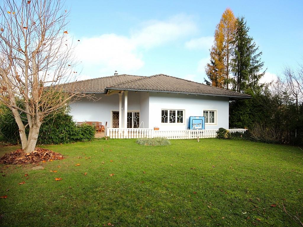 Schönes Ein-/Zweifamilienwohnhaus Nähe Wernberg