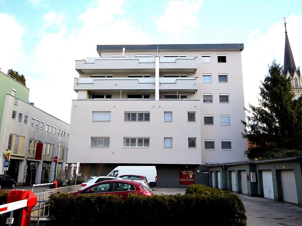 Zentrale, großzügige 4-Zi Stadtwohnung/Villach