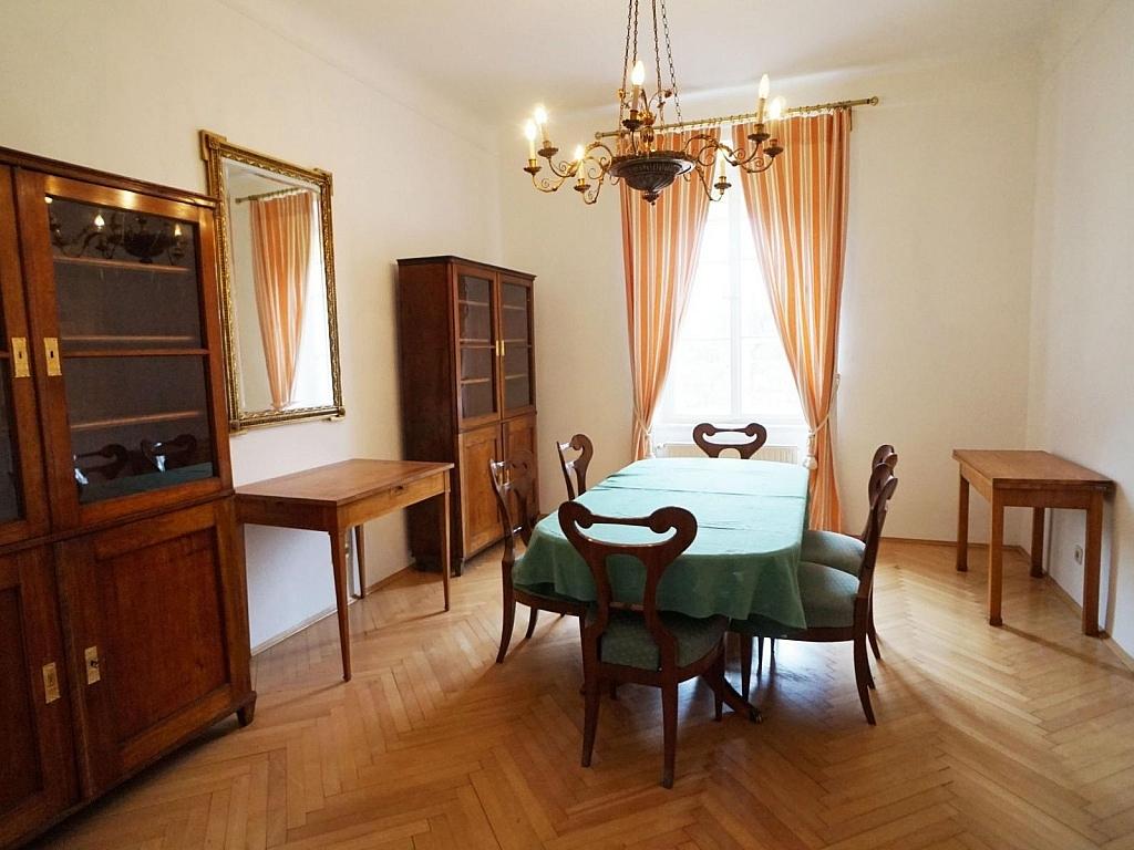 120m² Wohnung in traumhafter Villa  mit Garten