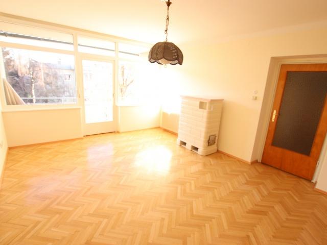 Nette 93m² 4 Zi Wohnung - Waidmannsdorf mit Loggia