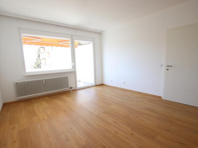 Schöne sanierte 2 Zi-Whg. mit Loggia-Waidmannsdorf